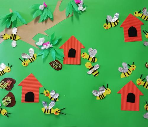Kiedy przyroda budzi się do życia a wraz z nią kochane pszczółki, które dostarczają nam pysznego miodu.